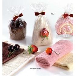 Pastel toalla e imán con fruta