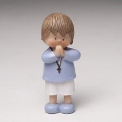 Niño tarta rezando Comunión